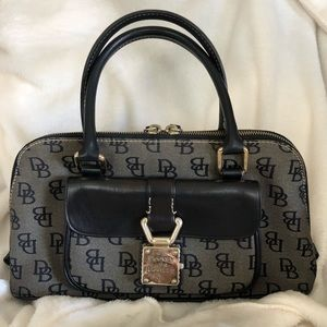 Dooney & Bourke Women's Black Handbag